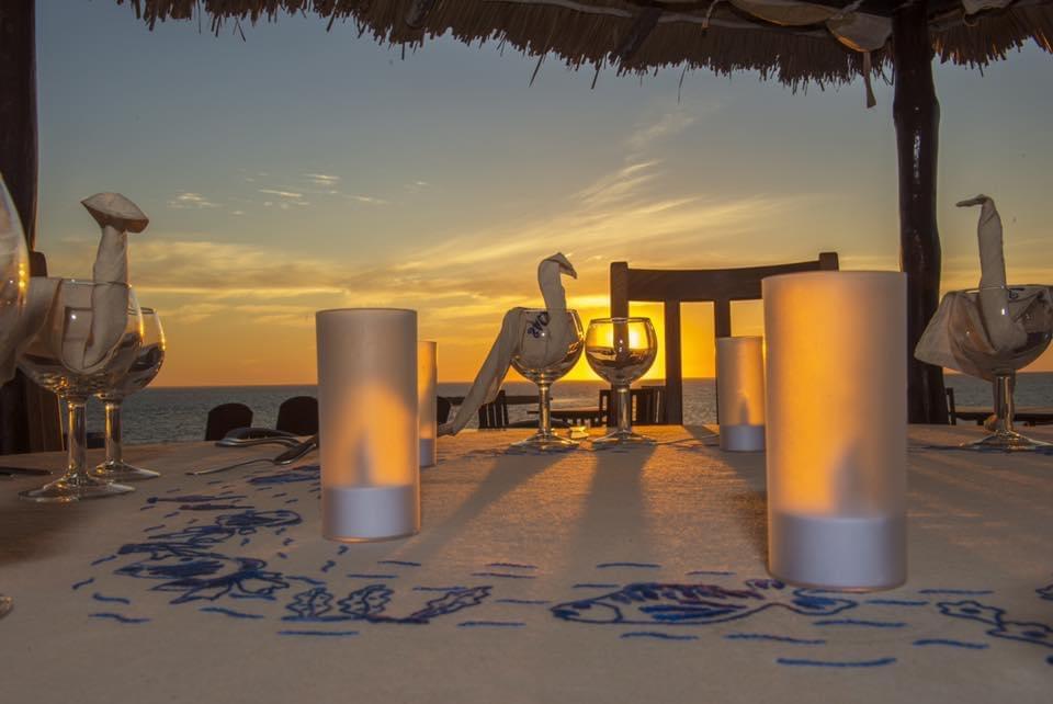 Coucher de Soleil au Restaurant de Salary Bay, Sud Ouest de Madagascar